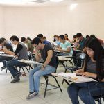 Realiza examen de admisión UACH