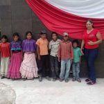 Lideres comunitarios: atienden a más de 400 estudiantes migrantes