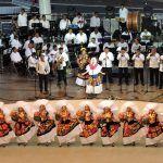 En la Guelaguetza con música ofrecen homenaje a regiones devastadas tras el sismo
