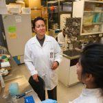 Científica mexicana logra eliminar el virus del papiloma humano en 29 pacientes