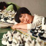 Industria tecnológica china en jaque por jornadas laborales de 12 horas y muy baja calidad de vida